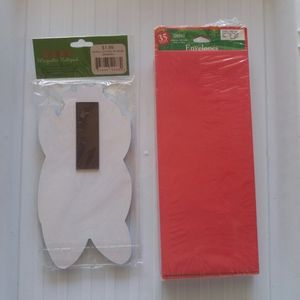 None Holiday - Christmas note pad and red envelopes